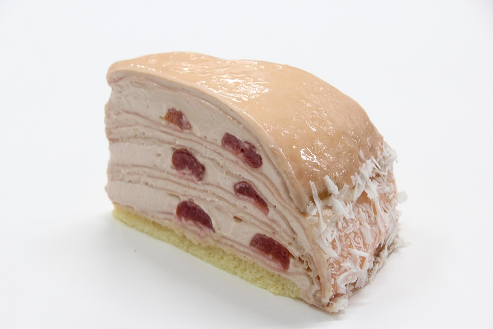 桜とクリームチーズのミルクレープ